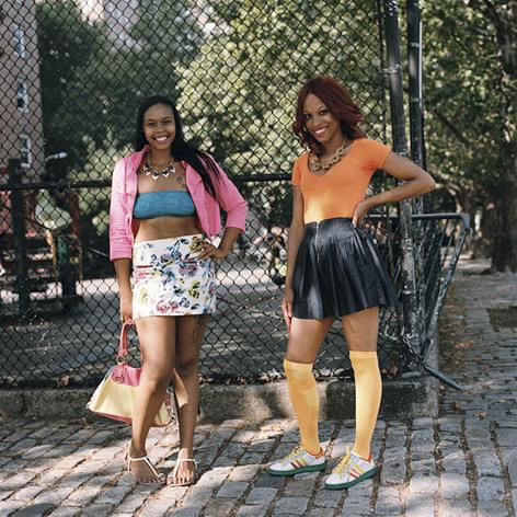 ATTITUDES <p>Harlem girls<br /> <em>C41 -Impression jet d'encre</em></p>  - Helenbeck Gallery Nice