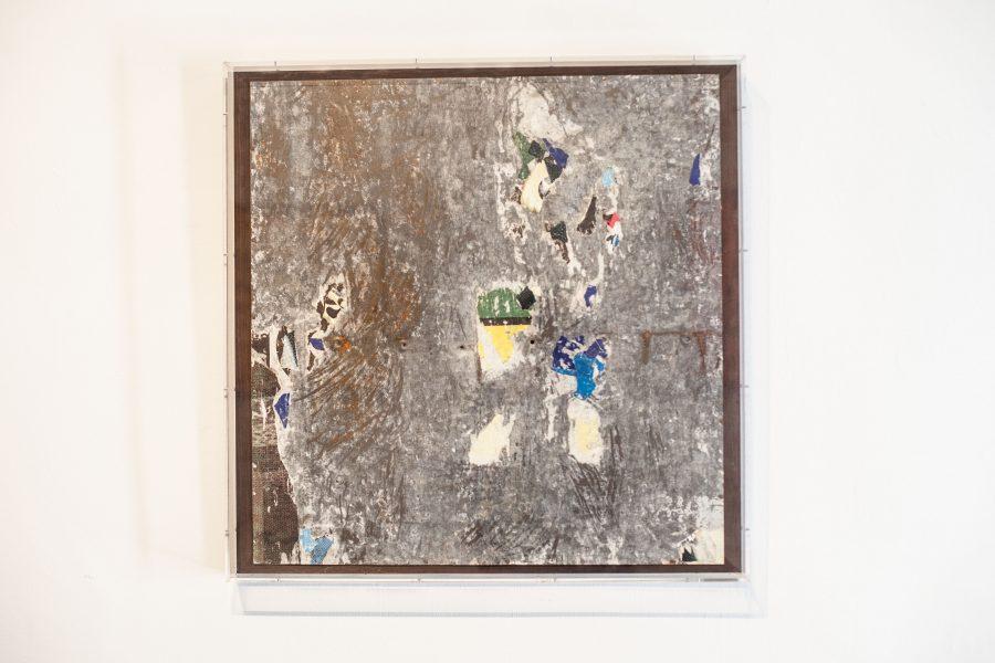 NICE ALL OVER <p>Raymond Hains<br /> 1976 – Affiche arrachées contrecollées sur tôle – tôle datée et signée au dos – 64 x 66 cm</p>  - Helenbeck Gallery Nice